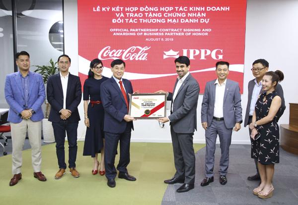 Coca-Cola Việt Nam 'bắt tay' IPPG phát triển bền vững