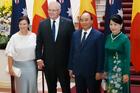 Thủ tướng Nguyễn Xuân Phúc chủ trì lễ đón Thủ tướng Australia