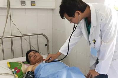 Người đàn ông Singapore bị nhồi máu cơ tim nặng được bác sĩ Việt cứu sống