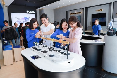 Samsung ra mắt 3 cửa hàng trải nghiệm lớn sau màn ra mắt Note10