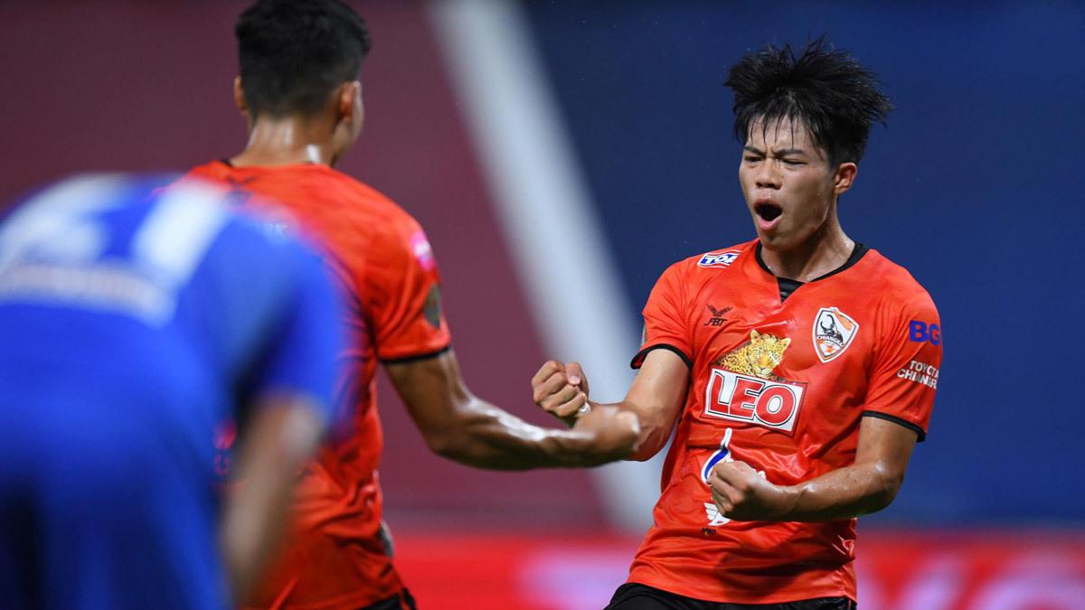 Tuyển Thái Lan,tuyển Việt Nam,Thái Lan vs Việt Nam,Ekanit Panya,World Cup 2022
