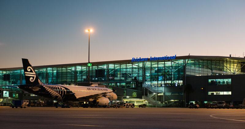 Đến sân bay trước mấy tiếng là hợp lý?