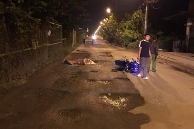 Chạy xe máy vấp ổ gà giữa đường Sài Gòn, thanh niên thiệt mạng