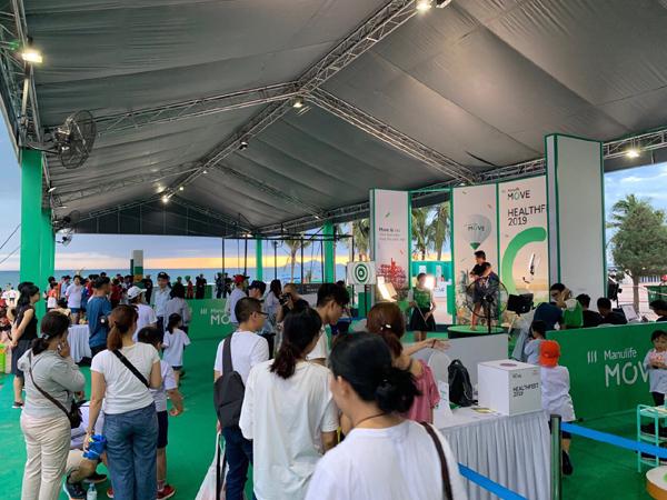 Manulife Việt Nam tạo sân chơi thêm niềm vui vận động