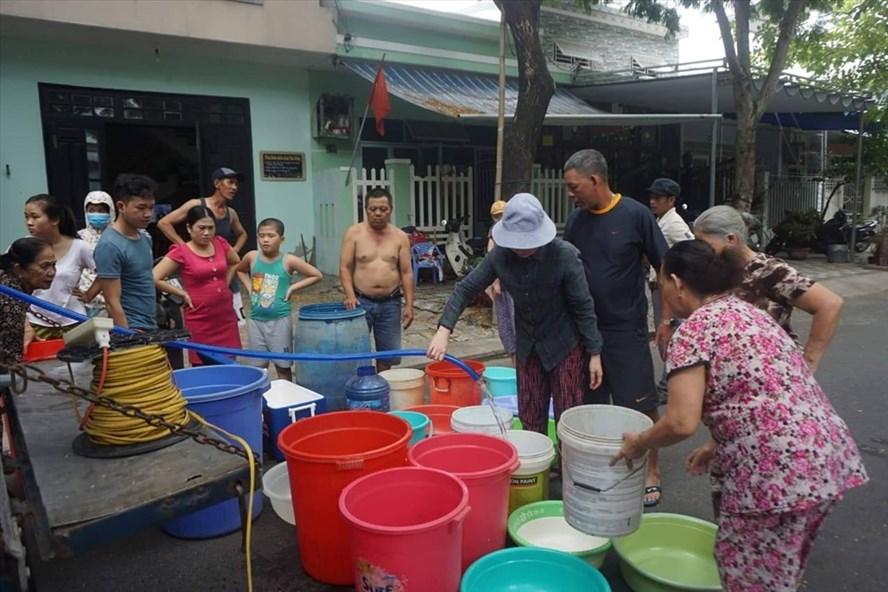 Da Nang provides free water to fight salinity intrusion