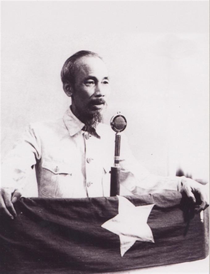 Hồ Chí Minh,Tuyên ngôn độc lâp