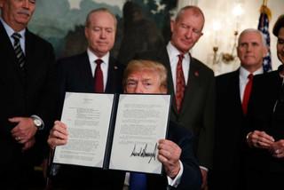 Chiến tranh thương mại giờ là đối đầu trực diện giữa 2 ông Trump - Tập