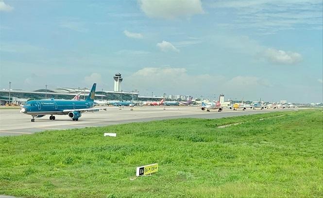 Gây rối  hàng không: Phương tiện thời thượng, ứng xử tiểu nông