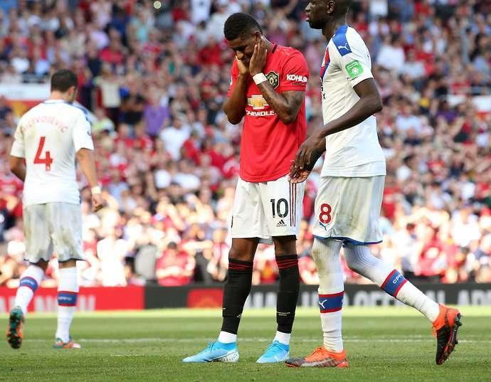 MU gặp ác mộng penalty, Rashford cũng hỏng thì chọn ai...