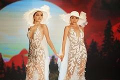 Kỳ Duyên Minh Triệu mặc váy cưới dắt tay nhau trên sàn diễn