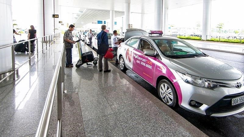 Sân Bay Nội Bài,hàng không,Taxi Dù,taxi sân bay,chặt chém hành khách