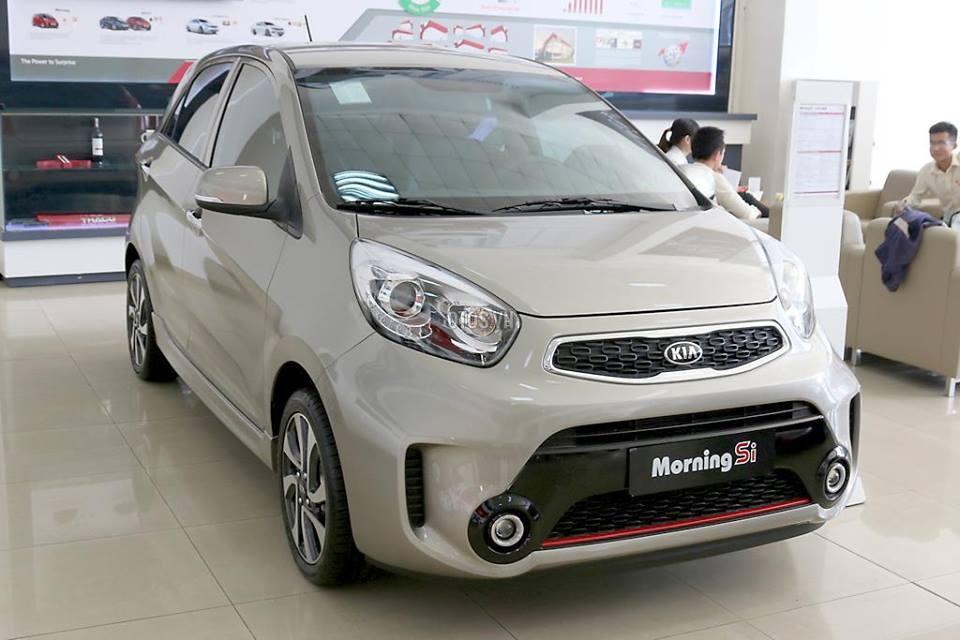 Giá xe biến động: Thêm mẫu xe giảm 200 triệu