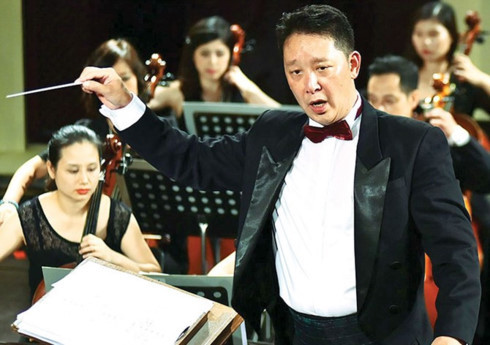 Conductor Le Phi Phi, a pride of Vietnamese chamber music