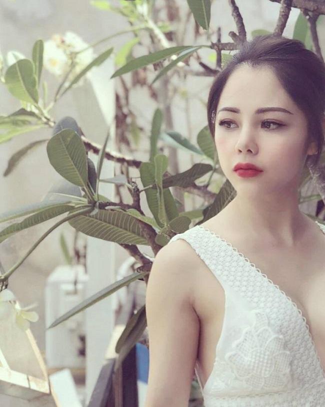 2 nữ MC mê ăn vận phóng khoáng, có người từng gắn liền với U23 Việt Nam
