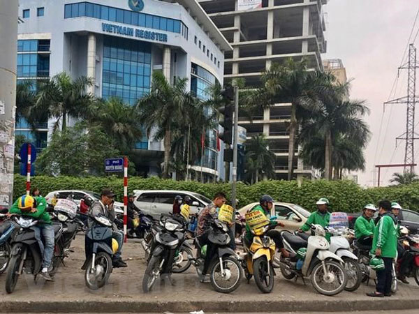Licence compulsory for motorbike drivers in Hanoi
