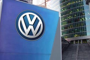 """Volkswagen đổi logo để hết """"vận đen""""?"""