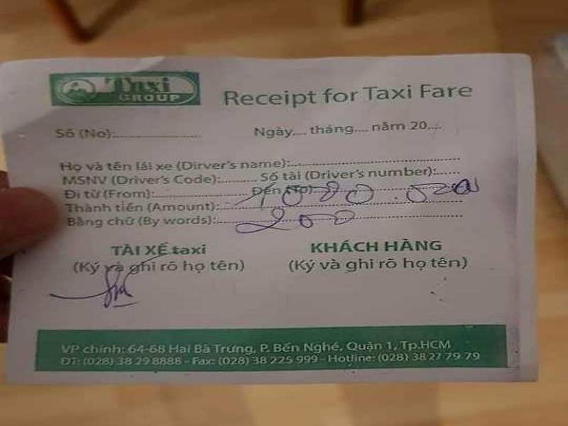 Khách Ấn Độ đi taxi 8km từ sân bay Tân Sơn Nhất bị 'chặt chém' 1,2 triệu