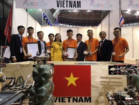 Vietnam team wins third prize at ABU Robocon 2019