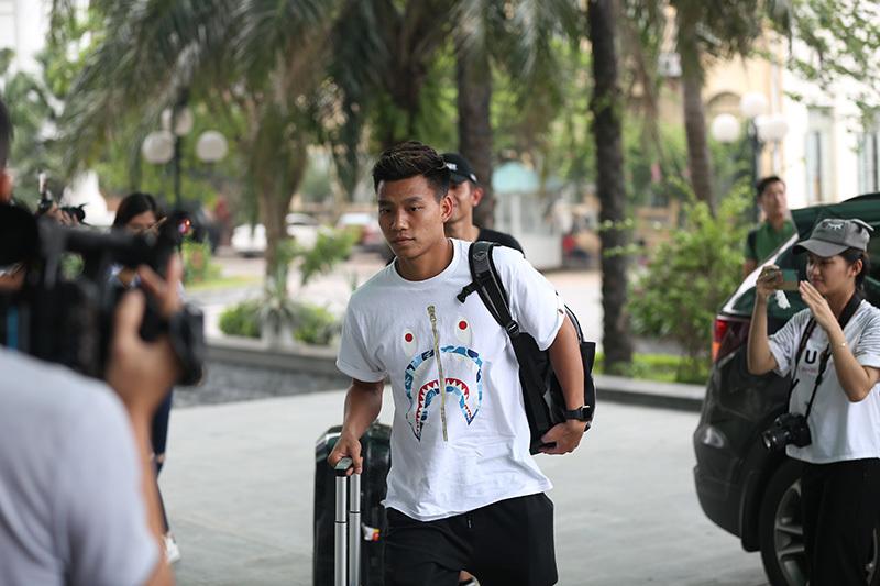 'Vỡ trận' đón Văn Thanh, Xuân Trường hội quân đấu Thái Lan