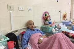Đẫm nước mắt số phận người goá phụ có chồng và con bị ung thư