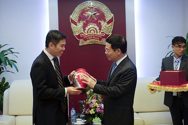 Netflix,Bộ trưởng Nguyễn Mạnh Hùng,Kinh tế số