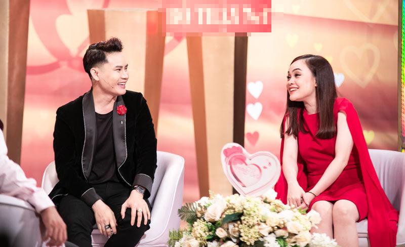 MC Hồng Vân,Quốc Thuận,MC Hồng Phúc,Vợ chồng son
