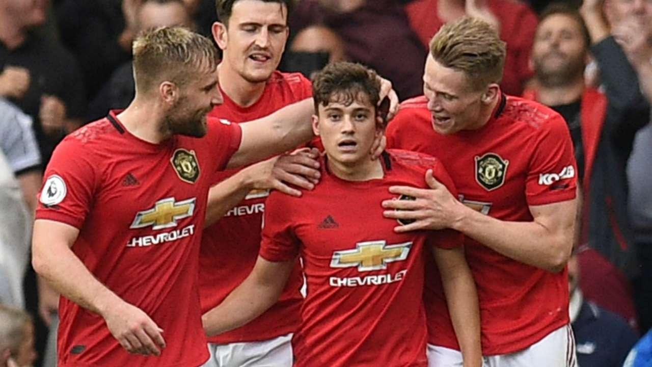 MU chiếm top 4 Premier League, Gerrard thay Klopp