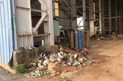 Nhà máy đóng tàu nghìn tỷ ở Cà Mau hoang hóa, gỉ sét sau 12 năm