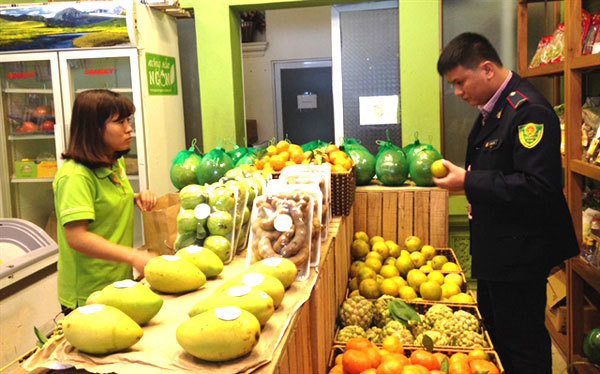 Management of fresh fruit stores sees marked improvement