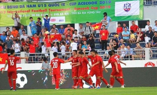 Vietnam beat Russia 2-0 at U15 int'l football cup