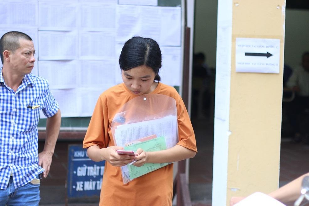 Nữ sinh có bố mất, mẹ ung thư nặng đã nhập Trường ĐH Dược Hà Nội
