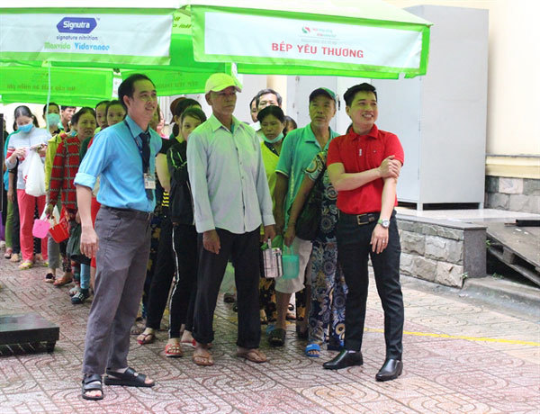 Hanh Dung Restaurant,meals for disadvantaged people,charity work,social news,vietnamnet bridge,english news,Vietnam news,vietnamnet news,Vietnam latest news,Vietnam breaking news,Vietnamese newspaper,news vietnam