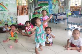 Người đàn ông Sài Gòn tặng cơ ngơi 100 tỷ cho trẻ bị bỏ rơi