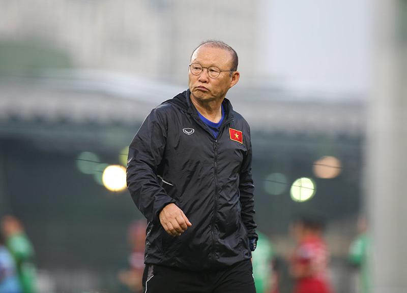 HLV Park Hang Seo bất ngờ tiết lộ về hợp đồng