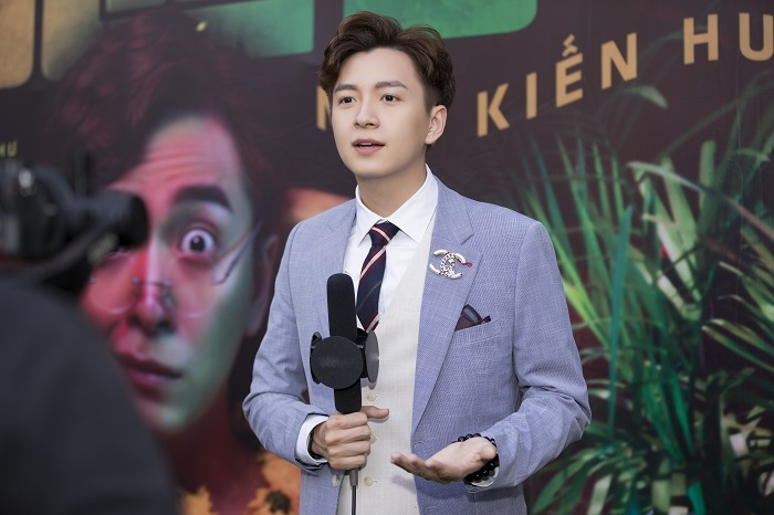 Ngô Kiến Huy ra mắt MV cổ trang vui nhộn sau một năm tập trung làm MC
