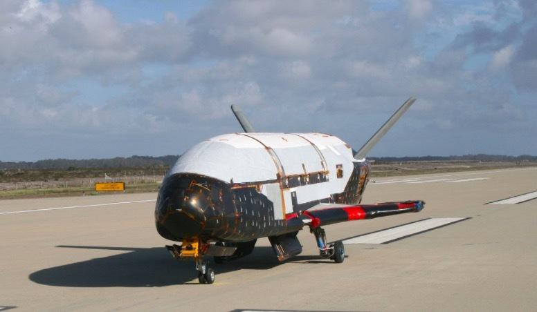 Tàu tối mật Mỹ tự phá kỷ lục thời gian trong vũ trụ