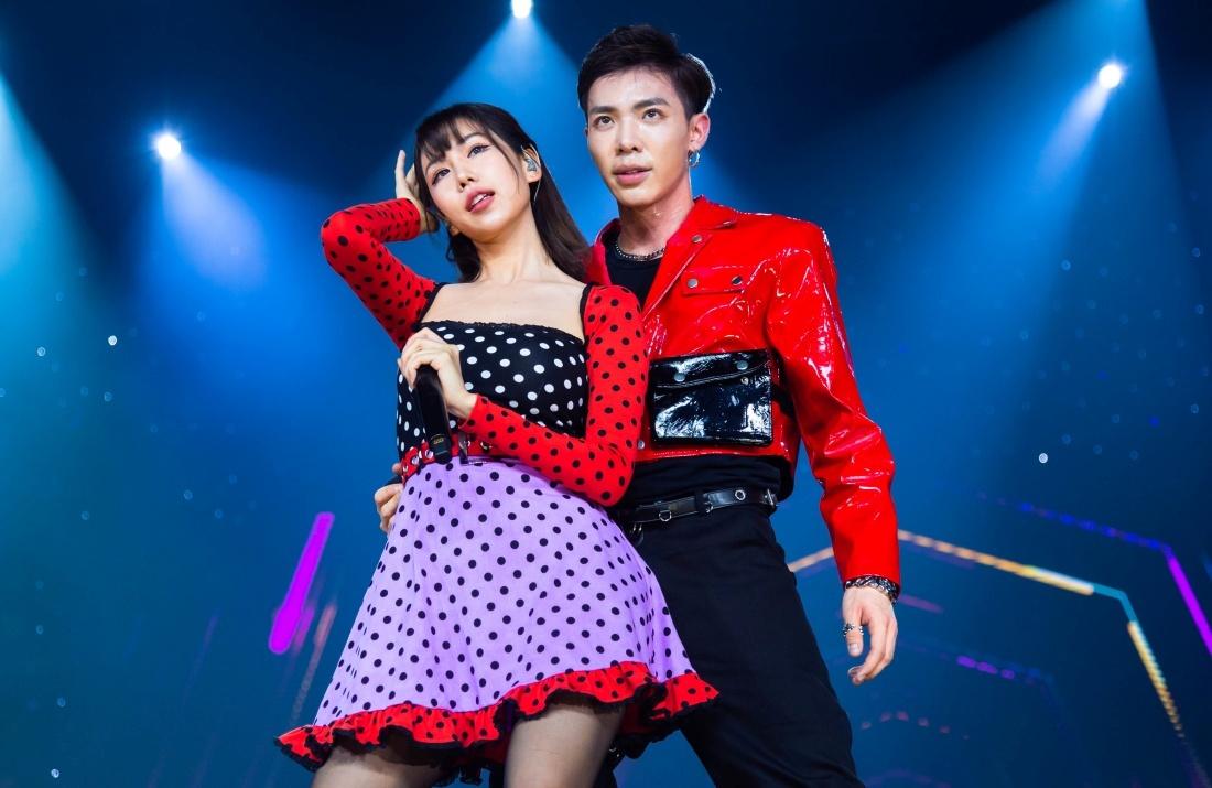 Sau Ji Chang Wook, đàn em EXO 'đốn tim' 5.000 fan trong lần đầu tới Việt Nam