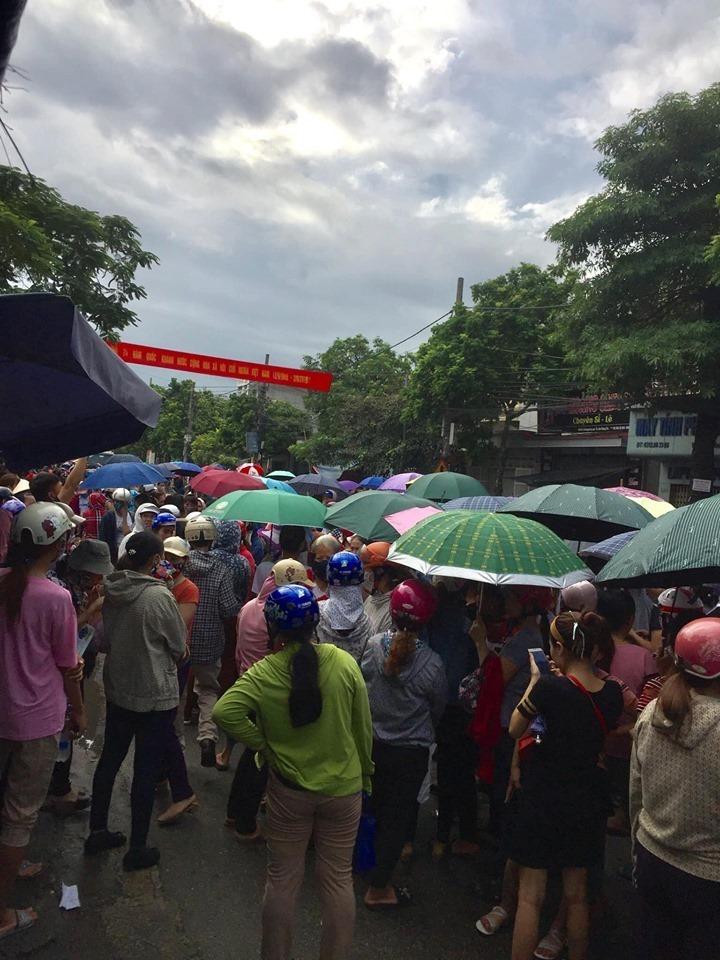 Ông chủ Đài Loan biến mất, 3.000 công nhân Hải Phòng tụ tập đòi lương