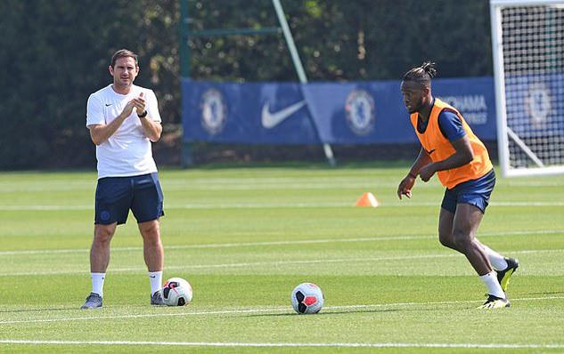 Lộ diện đối thủ của MU, Chelsea ở cúp Liên đoàn Anh