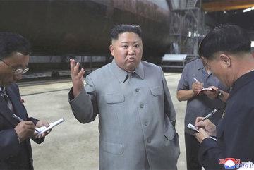 Ảnh vệ tinh tố Triên Tiên đang đóng tàu ngầm tên lửa