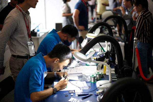 Cơ hội đến Đức thi hàn tay điện tử thế giới