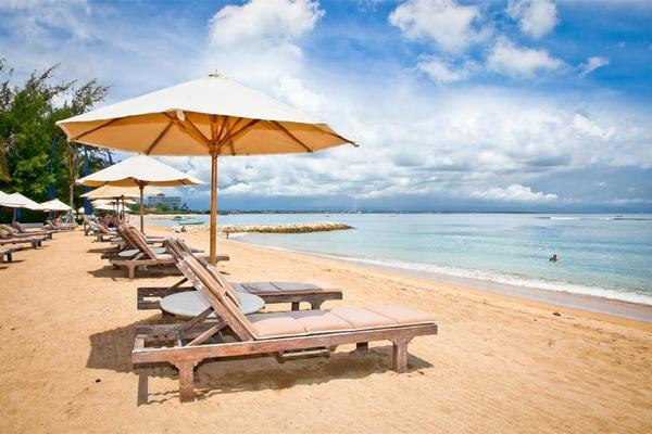 Vietnam heads to the coast the upcoming holiday