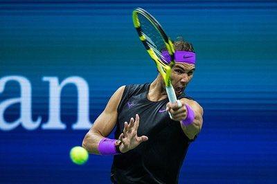 """Nadal được đối thủ """"biếu không"""" vé vòng 3 US Open"""