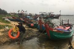 Tàu cá Quảng Bình hỏng máy, trôi ở vùng biển dự kiến tâm bão đi qua