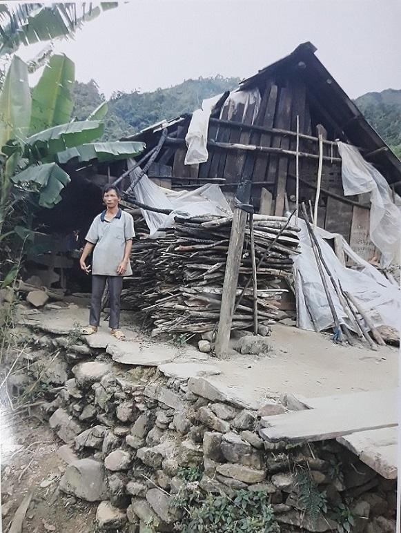 Nhà nghèo vùng cao mưa dột, rét lùa cần giúp đỡ