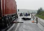 Đi ship hàng về, 1 phụ nữ ở Quảng Bình bị cuốn vào gầm xe container