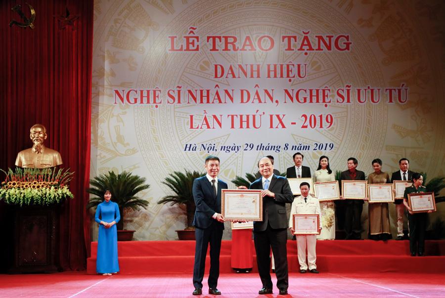 NSND Trần Hạnh,NSND Minh Vương