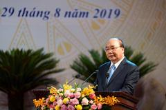 Thủ tướng Nguyễn Xuân Phúc: Thông qua nghệ thuật xây dựng tâm hồn có chiều sâu