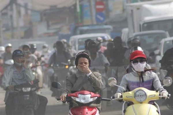 Vehicles large contributors to Hanoi's air pollution