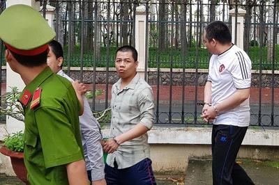 Chở thuốc lá lậu, cựu đại uý công an ở Sóc Trăng nhận kết đắng